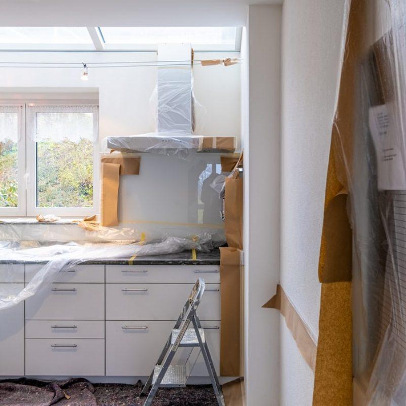 Kitchen Renovations Sunshine Coast - kitchen counters being built